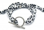 C-F9.2  B2040-006 Animal Print Fabric Bracelet with Stainless Steel Lock White-Silver