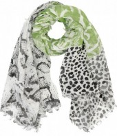 Q-F7.2 S106-030 XL Scarf with Snake-Panther-Palmtree Print 140x140cm Green